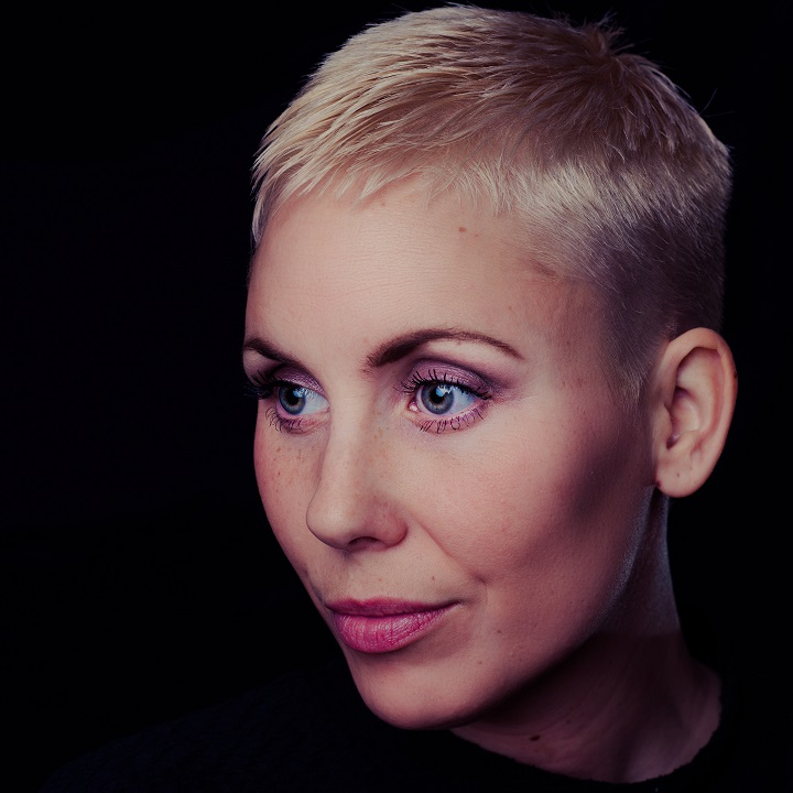 Shaved hair style for womens
