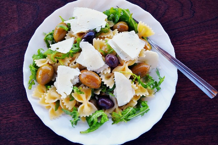 Pasta Salad With Feta Cheese - Delicious Salads