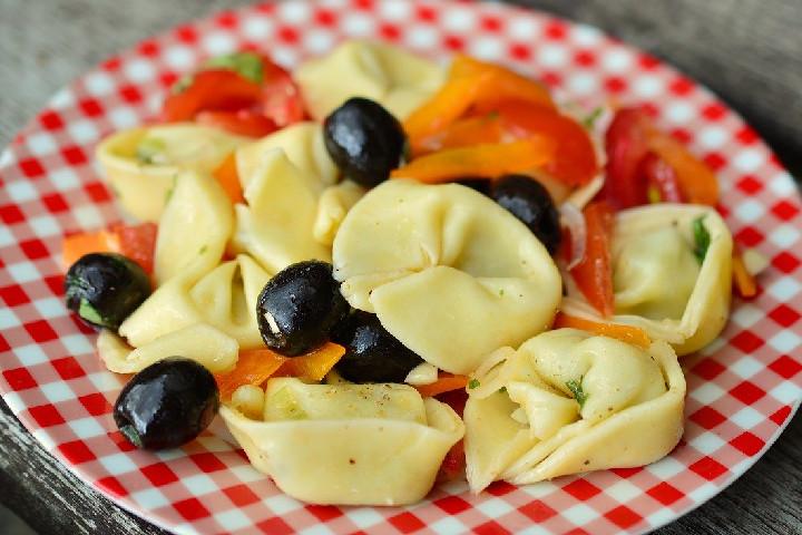 Tortellini Salad - Delicious Salads