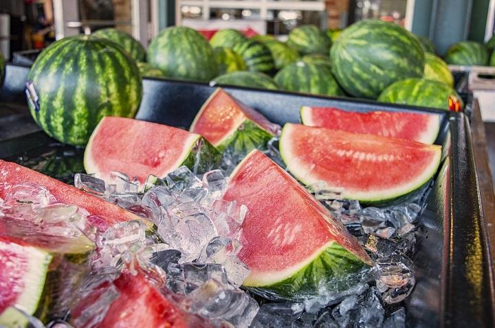 Store Watermelon