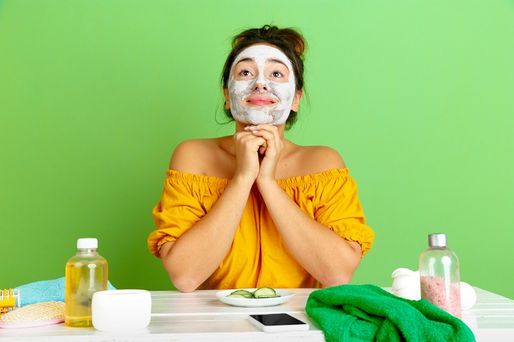 What Is the Correct Order to Apply Your Skincare