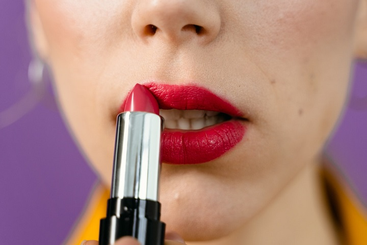 4 Beauty Treatments That Can Enhance Your Lips