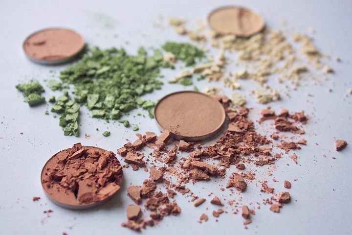Here a Quick Introduction to Eye Shadow Palettes